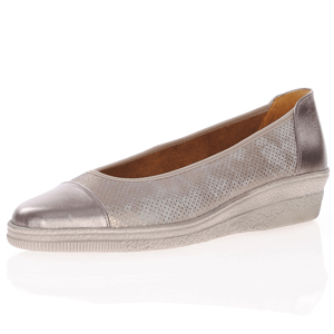 Gabor - 402.62 Leather Wedge Pump, Pewter
