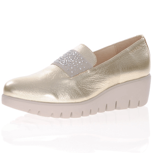 Wonders - C-33158 Low Wedge Loafer, Gold